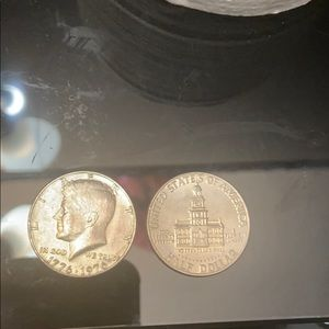 rare 1776 to 1976 50 cent coin comes with 2